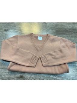 Suéter pico rosa empolvado...